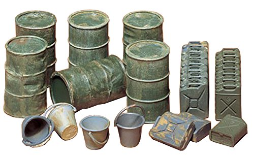 Tamiya Models Oil Drums/Jerry Cans/Buckets