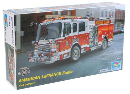 Trumpeter 1/25 2002 American LaFrance Eagle Fire Pumper Truck Model Kit (Fire Truck Model compare prices)