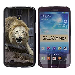 Qstar Arte & diseño plástico duro Fundas Cover Cubre Hard Case Cover para Samsung Galaxy Mega 6.3 / I9200 / SGH-i527 ( Angry Fight Lion Nature Animal King)