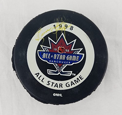 rangers official game puck - 7
