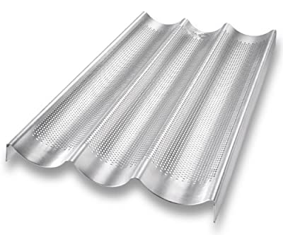 USA Pan Bakeware Aluminized Steel Perforated Loaf Pan