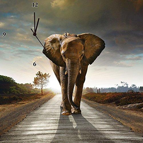 Artland Analoge Wand-Funk-oder Quarz-Uhr Digital-Druck Leinwand auf Holz-Rahmen gespannt mit Motiv C. Caetano Ein Elefant läuft auf einer Straße mit der Sonne im Rücken Tiere Wildtiere Foto Braun C9TD