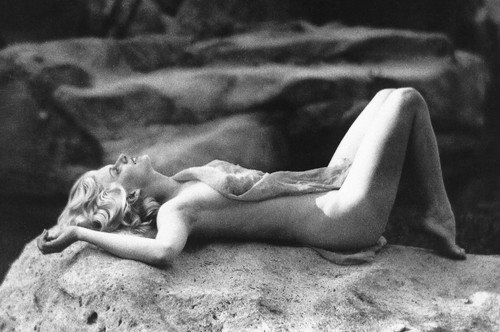 Jean Harlow 24x36 Poster iconic pose naked on rock