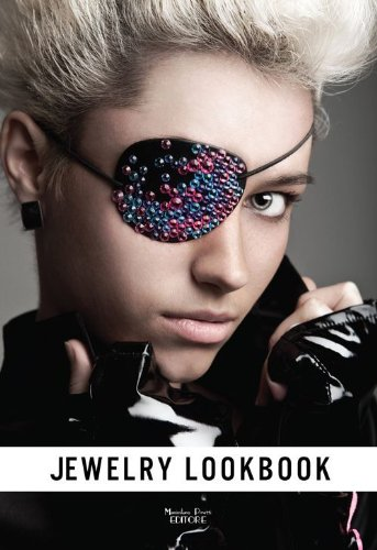 Jewelry lookbook. Gioielli contemporanei fatti a - Designer Lookbook Fashion