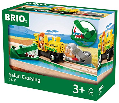 brio-safari-crossing-train-set