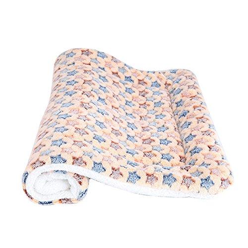 Saymequeen Puppy Warm Cushion Pet Sleep Mat Dogs Crate Pad Cat Bed Mattress Crates Mat (S:50x35cm/19x13'', beige stars) by Pet-Saymequeen