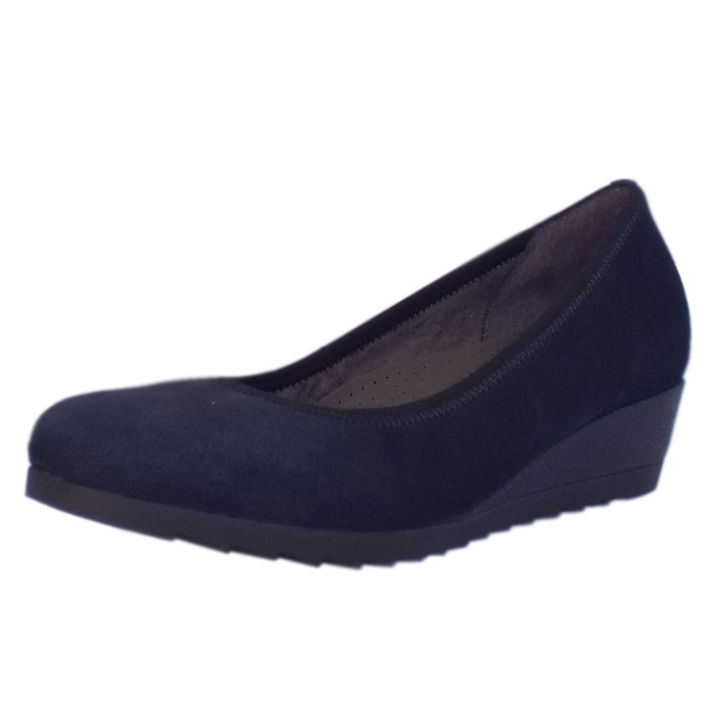 1c401e4d52f92 Gabor Epworth Wide Fit Low Wedge Pumps in Navy Suede Navy Suede 9:  Amazon.co.uk: Shoes & Bags