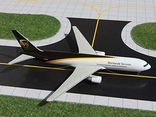 Gemini Jets UPS B767-300F 1:400 Scale [並行輸入品] B015VU5MJM