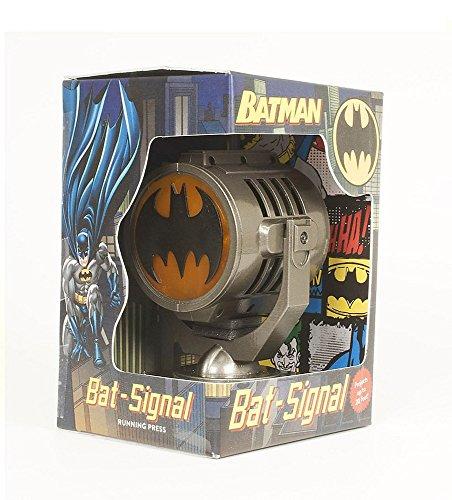 (Batman: Metal Die-Cast Bat-Signal)