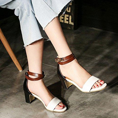 Aisun Damen Kunstleder Schlangenmuster Kontrastfarbe Knöchelriemchen Sandale Weiß