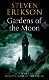img - for Gardens of the Moon (The Malazan Book of the Fallen, Book 1) book / textbook / text book