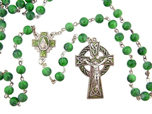 CB Celtic Green Bead Rosary with Miraculous Medal Centerpiece and Crucifix and Saint Patrick Irish Blessing Prayer ()