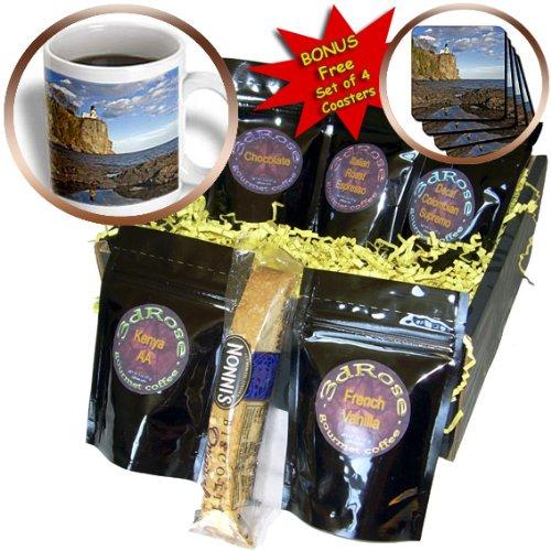 Danita Delimont - Lighthouses - USA, Minnesota, Split Rock Lighthouse, Lake Superior - US24 DSV0010 - David Svilar - Coffee Gift Baskets - Coffee Gift Basket (cgb_91378_1)