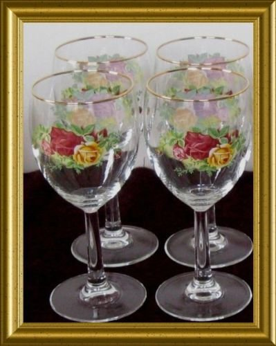 The 8 best wine goblets with gold trim