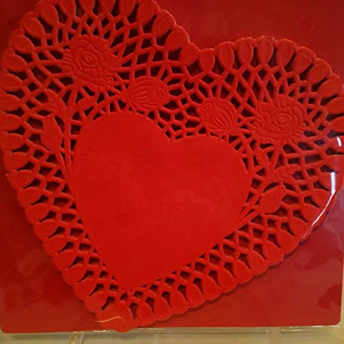 (RED Paper Heart Doilies, 30 Count Red Heart Valentine Doilies)