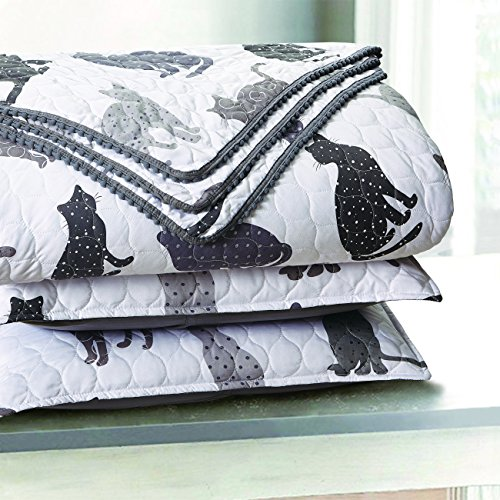 - Sleeping Partners Kitty Cat Pompom Trimmed Quilt and Pillow Shams, Grey (Full/Queen)