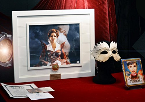 JULIA ROBERTS Signed MIRROR MIRROR Autograph, Screen-used PROP COIN & MASK, DVD UACC COA
