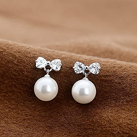7f1b2821bba0 BAGEHAN Aretes de perlas blancas 925 Aretes de plata Aretes de orejas  cortos Zircon