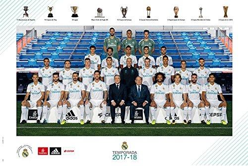 Real Madrid - Soccer / Sports Poster / Print (Team Photo Season 2017 / 2018) (Size: 36
