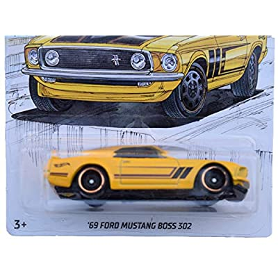 Hot Wheels '69 Ford Mustang Boss 302 3/6, Yellow: Toys & Games