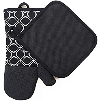 Heat Resistant Hot Oven Mitts & Pot Holders for Kitchen Set With Cotton Neoprene Silicone Non-Slip Grip Set of 2, Oven Gloves for BBQ Cooking Baking, Grilling, Machine Washable (Black Neoprene)