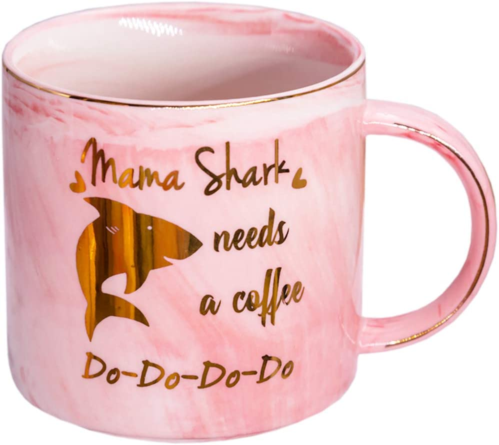Mugpie Mama Shark Mug - Novelty Mom Gifts Coffee Mug with Funny Saying Mama Shark Needs Coffee - Best Birthday Gifts for Mom - Unique Present for Mom Mother on Mothers Day Christmas from Daughter Son