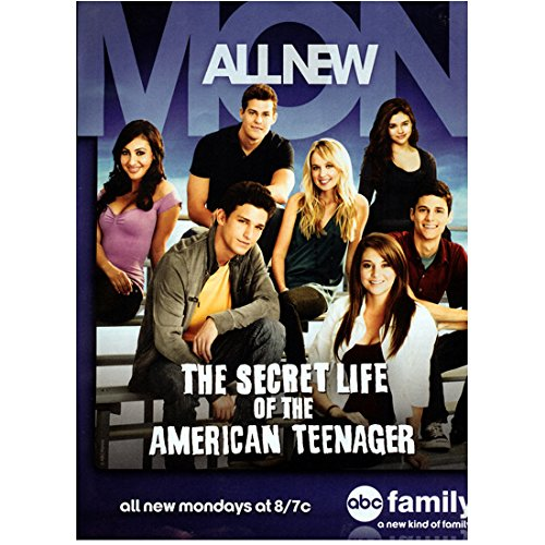 The Secret Life of the American Teenager (TV Series 2008 - 2013) 8 Inch x 10 Inch Photograph The Secret Life of the American Teenager ITV Series 2008 - 2013) Cast Seated Channel Ad kn (Secret Life Of The American Teenager Actors)