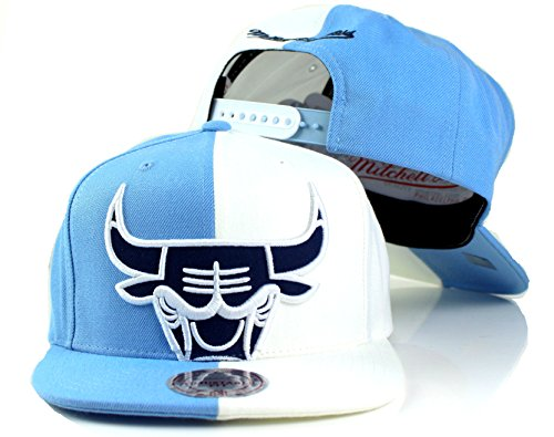 Chicago Bulls NBA Mitchell & Ness Sneak Cropped Split Logo Adjustable Snapback Hat (Powder Blue/White)
