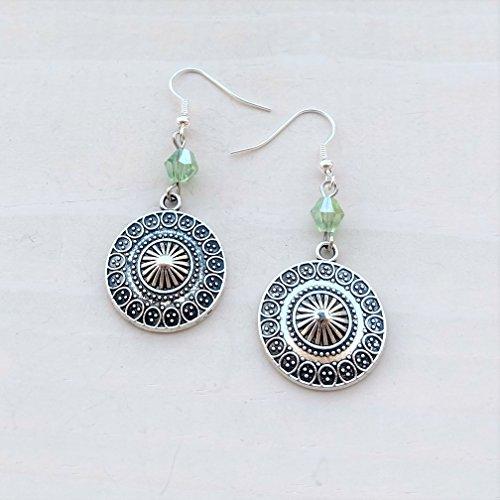 Green Beads Chandelier Earrings (Ethnic Tribal Pendant Silver-tone Jewelry with Green Bead Lightweight Fishhook Dangle Women's Earring Set)