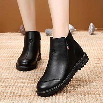 HOESCZS Boots Martin Winter New Cotton Shoes Womens Boots Middle-Aged Shoes Plus Cotton Warm Flat Non-Slip Womens Boots Cotton Boots