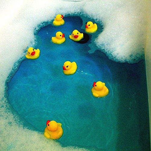Vikenner 60 Piezas Mini Bathtime Patos de Goma Amarillos Juguetes Lindos para el ba/ño Squeeze Squeaky Ducks Baby Shower Duckies