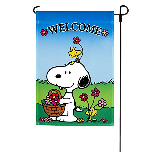 Spring Peanuts Welcome Garden Flag]()