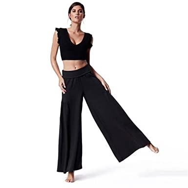 ffe6a21bb33 Amazon.com  QueenA Womens 2 Piece Jumpsuits Sport Bra Tops with Chest Pad  Wide Leg Pants Outfits  Clothing