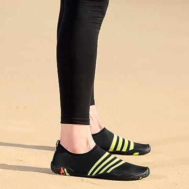 Bestow Zapatillas de Buceo con Rayas para Hombres y Mujeres Zapatos para  Snorkel Zapatos para Nadar Zapatos para Yoga Zapatos para Hombres   Amazon.es  Ropa ... 231129e0dc4c
