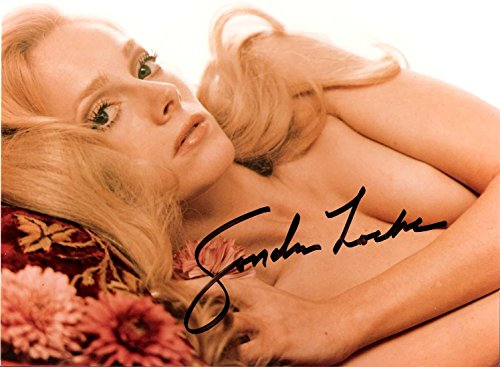 Signed 8x10 Color Movie Photo (SONDRA LOCKE - In 1968 She was in
