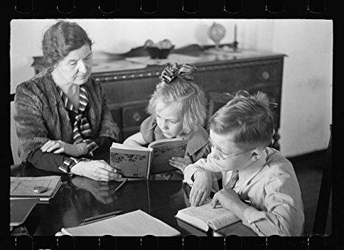 Photo: Westmoreland Homesteads,Mount Pleasant,Pennsylvania,Home Schooling,PA,FSA,2