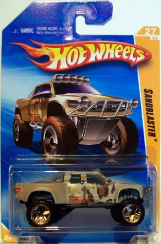 2010 Hot Wheels Brown Camo Sandblaster Gold Rims 027/240 1:64 - Rim Camo
