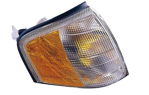 Mercedes Benz C-Class Passenger Side Replacement Turn Signal Corner Light