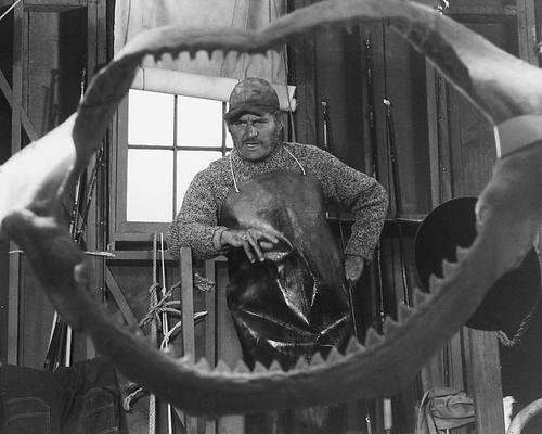 Robert Shaw 11x14 Promotional Photograph iconic Jaws between shark bite