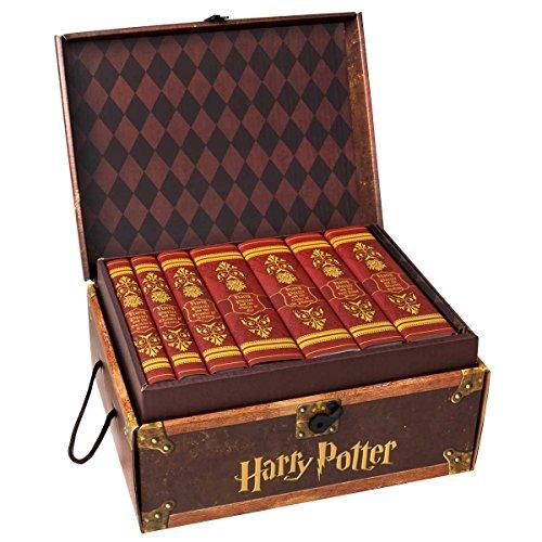 Harry Potter House Trunk Sets (Gryffindor Set)]()