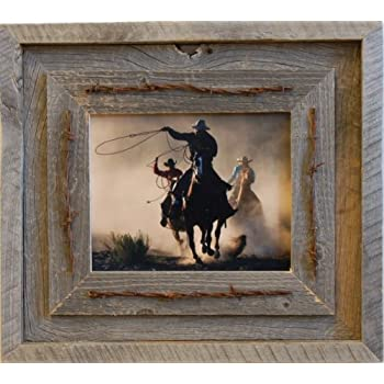 Amazon Com Laramie Barnwood Frame With Barbed Wire 8x10