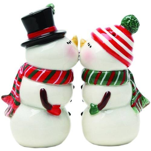 (Pacific giftware, Snowman Couple Magnetic Salt And Pepper Shaker Set Christmas Winter)