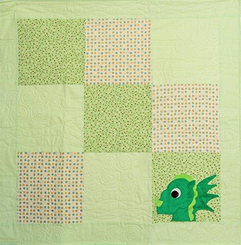 Small Green Dragon Applique Square Quilt