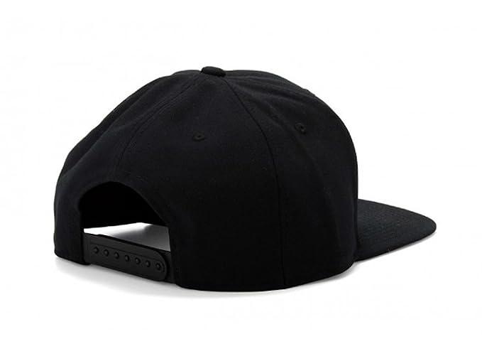 acab7249a71 Amazon.com  Nike Unisex Pro Cap Swoosh Classic