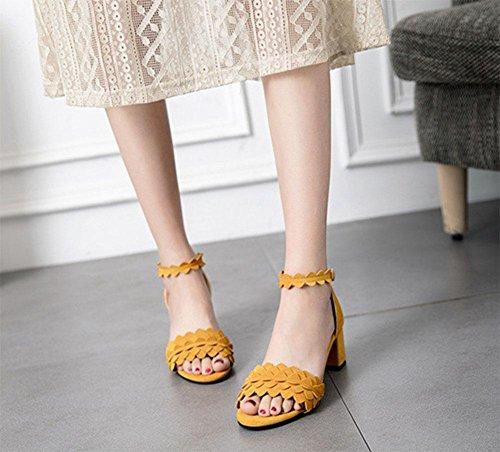 plana de forma sencilla y cómoda con sandalias planas en bruto con la palabra cingulado mujeres de las sandalias de tacón alto Yellow