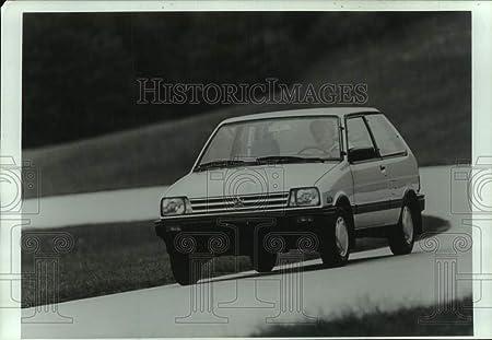 Amazon.com: Vintage Photos 1987 Press Photo Subcompact Hatchback Subaru Justy. - mjt19530: Photographs