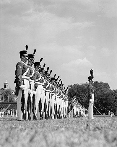 Parata Una Uniforme Cadetti Stampa Di Collezione 1940 In Da Chester Pennsylvania Abito Collegio Vintage Da Militare Fila xTwBqv