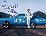 Richard Petty Autographed Picture - 8x10 Racing Driver Image #SC25 - Autographed Photos