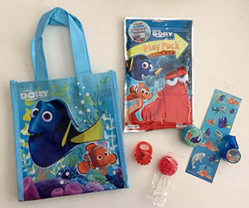 (8x Pack Finding Dory Goody Bags, Pre Made & Filled with Toys, Goodie, Filled Goody Bag / Loot Bag, Pop ring; LED ring; stickers;)