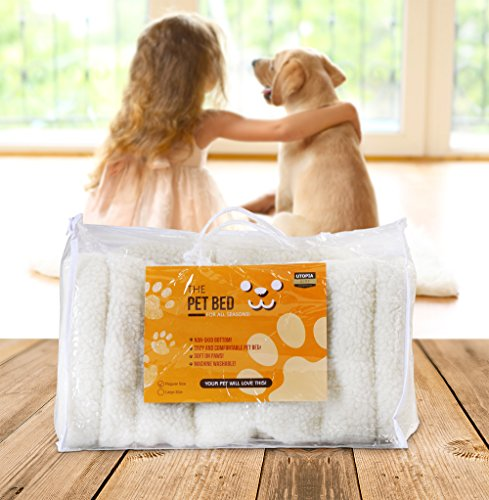 Fleece-Pet-Bed-Ultra-Soft-Durable-Pet-Bed-for-Cats-and-Dogs-Bolster-Padding-By-Utopia-Home